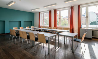 classroom at the GLS German language school in Berlin